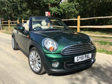 Used MINI CONVERTIBLE in Horsham, West Sussex for sale